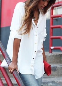 loose white shirt with jeans